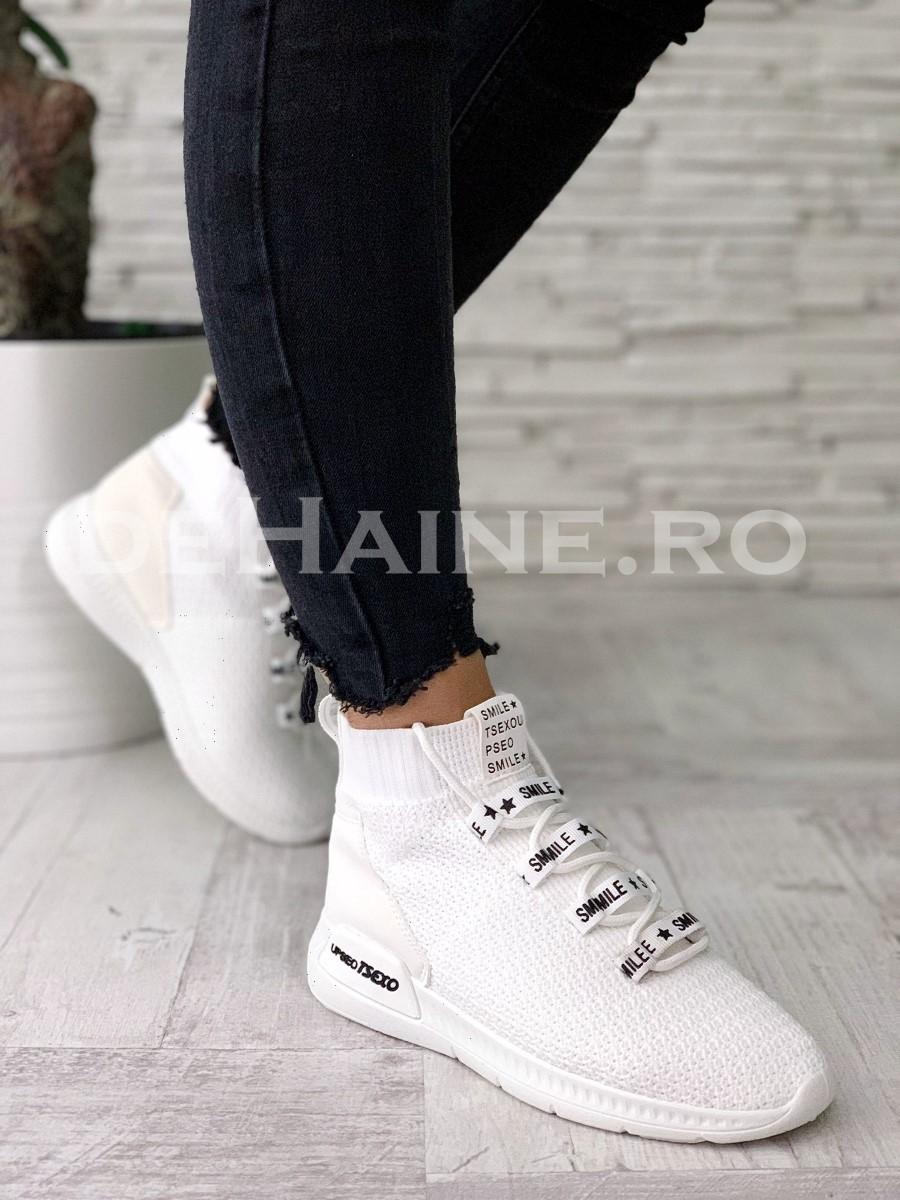 Adidasi dama albi ZR A5527